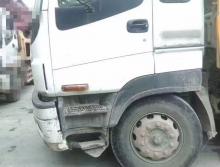 出售11年三一五十铃52米泵车