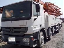 精品出售2013年8月出厂的中联奔驰49米泵车