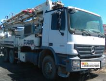 出售08年中联奔驰40米泵车