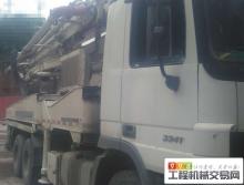 出售09年上牌中联奔驰三桥摆腿42米泵车
