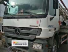 出售11年中联奔驰43米泵车