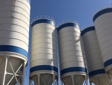 出售600吨水泥罐6个