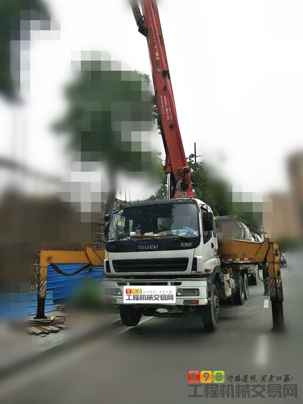 个人车主直售06年三一五十铃37米泵车