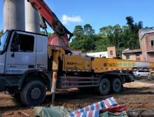 出售2010年11月份上牌三一奔驰40米泵车