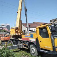 转让三一重工2006年17吨吊车