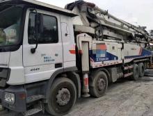 出售12年中联奔驰52泵车
