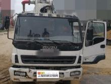 出售04年中联五十铃37米泵车