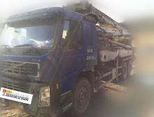 出售05年中联沃尔沃37米泵车