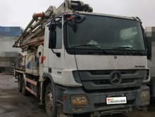 转让2011年中联奔驰底盘47米泵车
