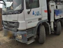 出售11年6月出厂中联奔驰49米泵车