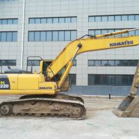 转让小松2012年220-8中挖(15-25吨)