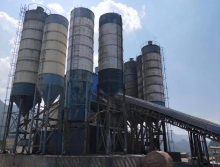 出售多个100-200吨中联搅拌站罐子