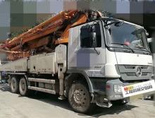 出售13年中联奔驰49米泵车