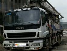 精品转让11年出厂中联五十铃47米泵车(三桥叉腿)