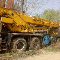 转让长江2005年25吨吊车