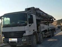 出售2008年出厂中联奔驰46米泵车