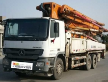 极品好泵出售13年出厂中联奔驰47米泵车