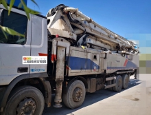 精品转让11年出厂中联奔驰52米泵车(大排量)