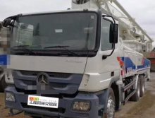 精品出售12年差八天中联奔弛47米泵车