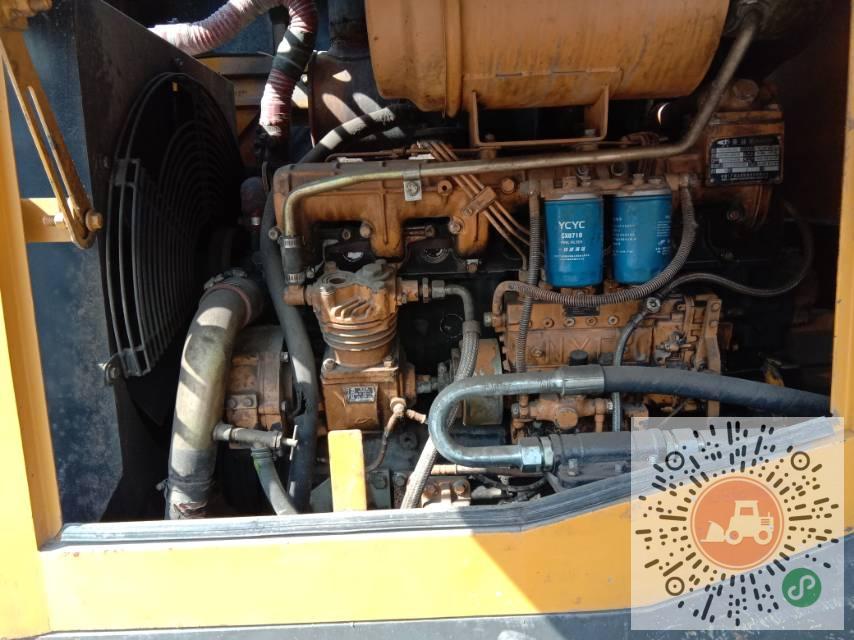 转让山东临工2013年933L装载机