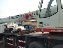 装让中联重科2010年20吨吊车