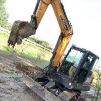 轉讓三一重工2012年60-9小挖