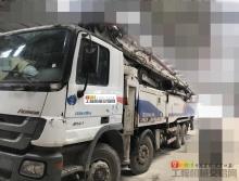 精品出售12年中聯奔馳56米泵車
