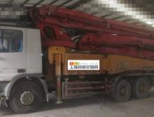 精品出售11年出厂三一奔驰46米泵车