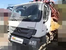 出售11年12月三一奔驰叉腿46米泵车