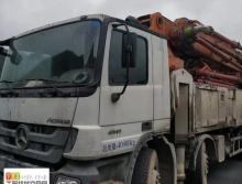 精品出售13年出厂中联奔驰52米泵车