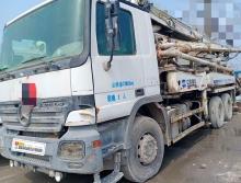 精品出售07年中联奔驰37米泵车