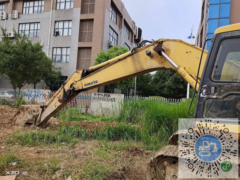 转让小松2004年200-6小挖