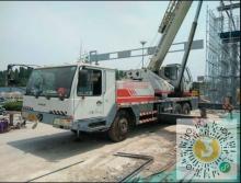 转让中联重科2009年25吨吊车