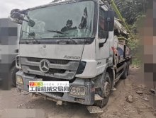 精品出售11年中联奔驰47米泵车