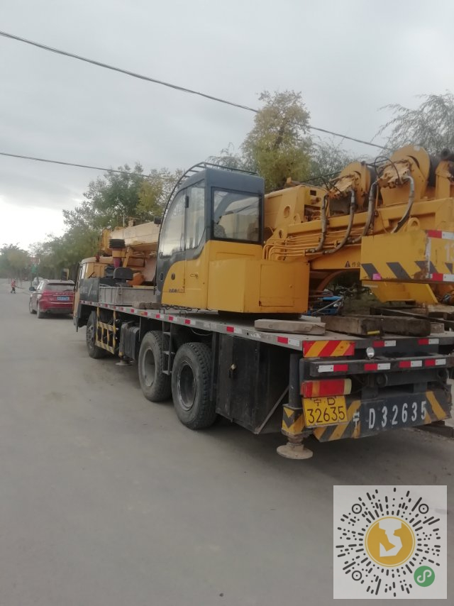 转让柳工2012年12吨吊车