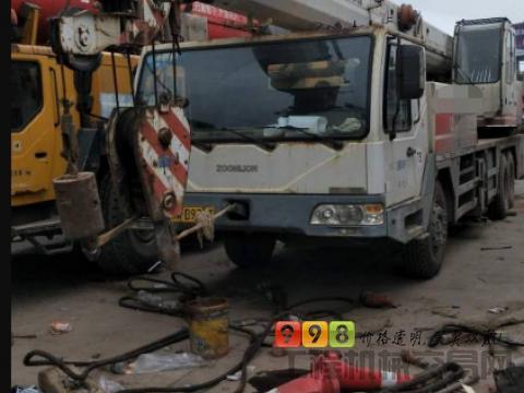 转让中联重科2011年25V吊车