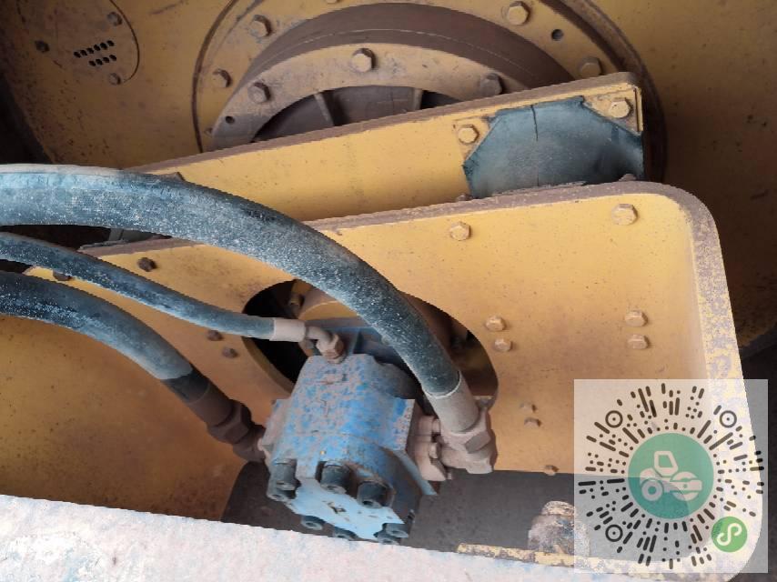 转让柳工2010年618压路机