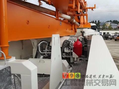 车主直售2011年5月出厂中联CF48米泵车(已核实)