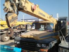 柳工2011年8吨吊车