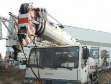 中联2013年25吨吊车