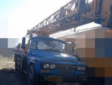 徐工2013年8吨吊车