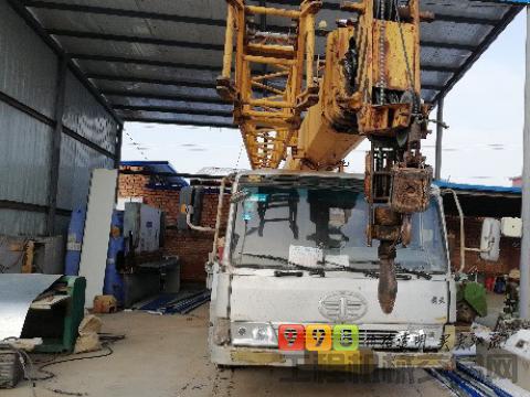 柳工2007年16吨吊车