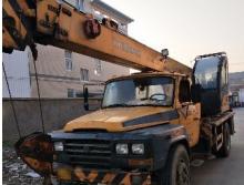 柳工2010年8吨吊车