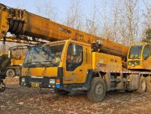 徐工2010年25吨吊车