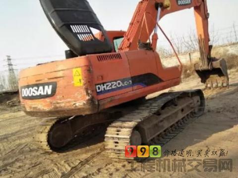 斗山2011年220-7挖掘机