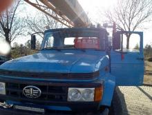 抚挖2012年8吨吊车