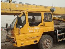 徐工2008年25吨吊车