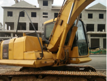 小松2014年130-7挖掘机
