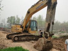 小松2010年200挖掘机
