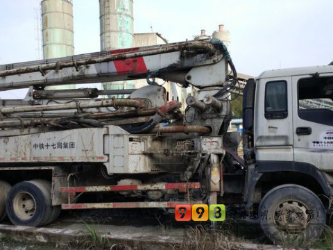 转让极东2008年37米泵车